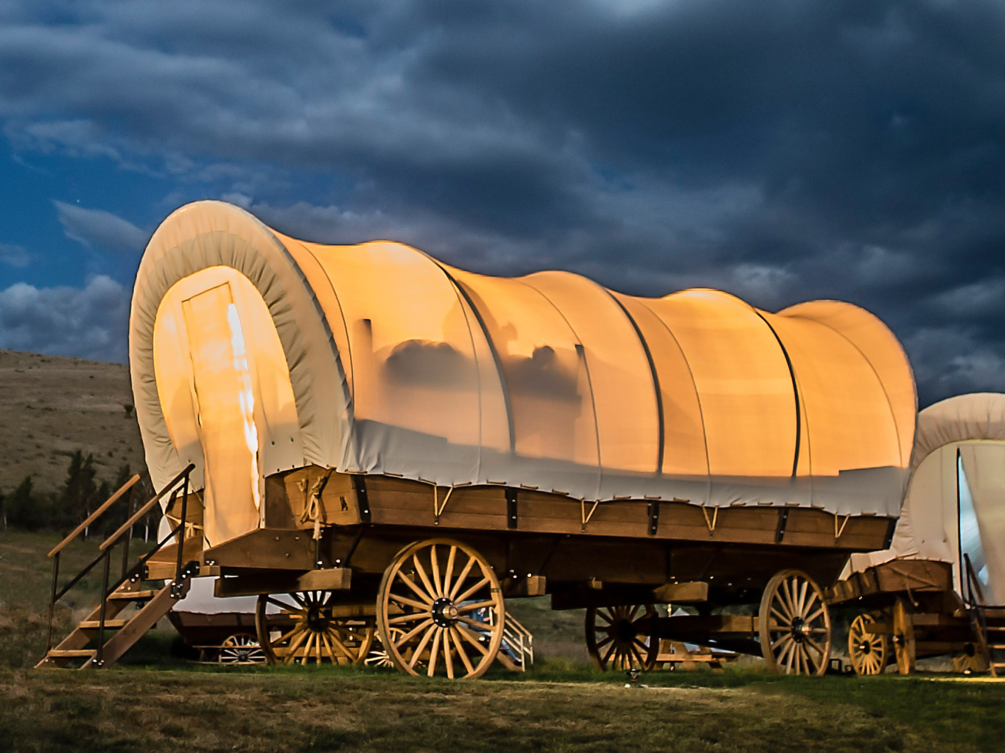 Conestoga wagon at Yosemite Pines RV Resort and Family Lodging