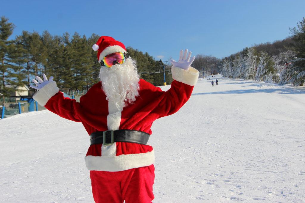 Santa on the snow at a Pennsylvania ski resort.