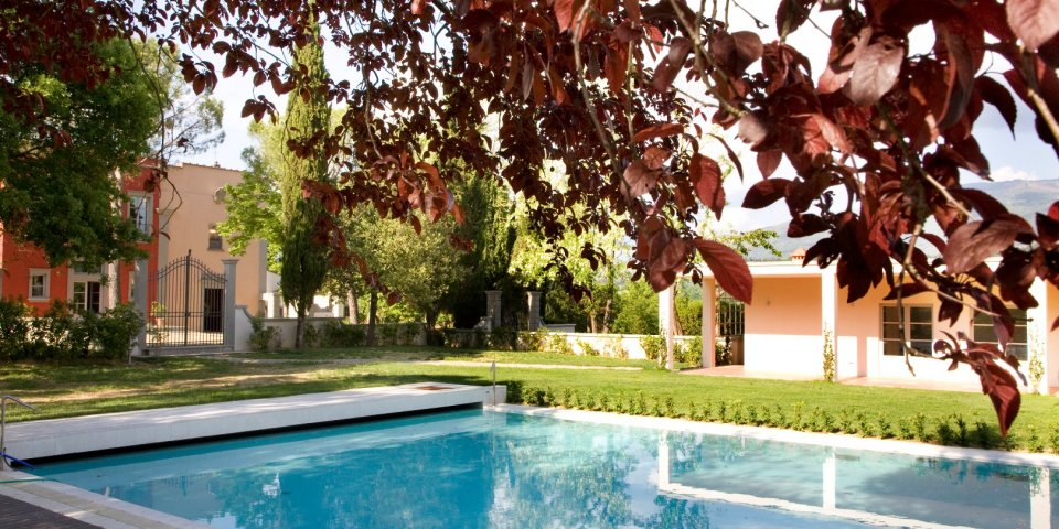 The swimming pool at Villa Il Palagio in Chianti.