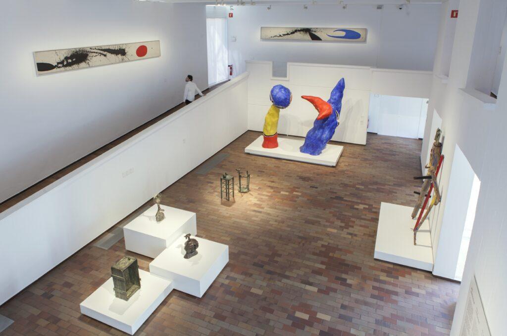 Ambitart exhibit; photo by Pere Pratdesaba, courtesy Fundacio Joan Miro.