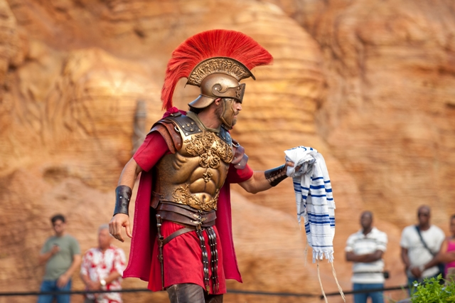 Watch the Roman Soldiers perform at the Holy Land Experience