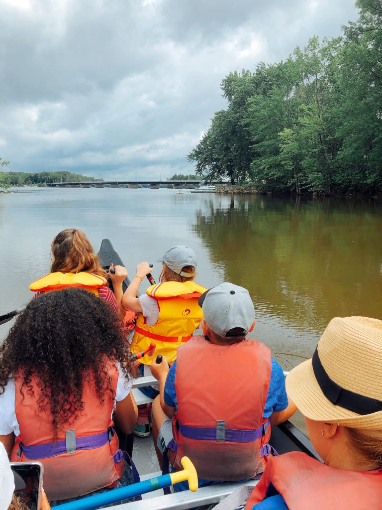 Canoeing on Mille Îles River in the Laval region.