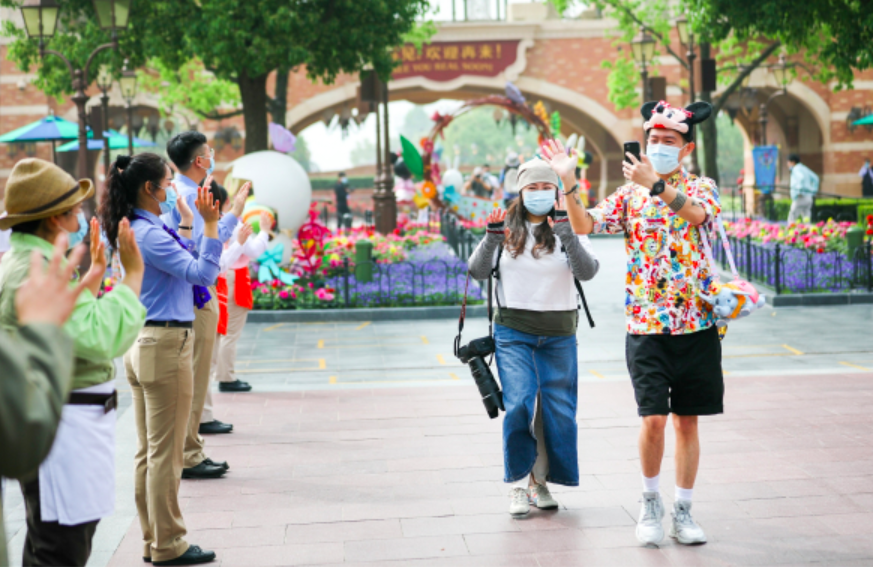 At Shanghai Disney Resort, masks are required for visitors and employees