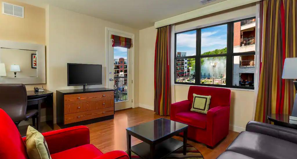 Living room area of one-bedroom suite at Hilton Promenade Landing, Branson MI