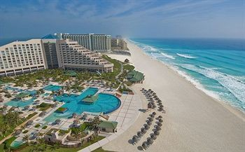 If You Re Looking For An All Inclusive Cancun Beach Resort With A Gest And The Best Atude Iberostar Hotel Formerly Hilton Golf