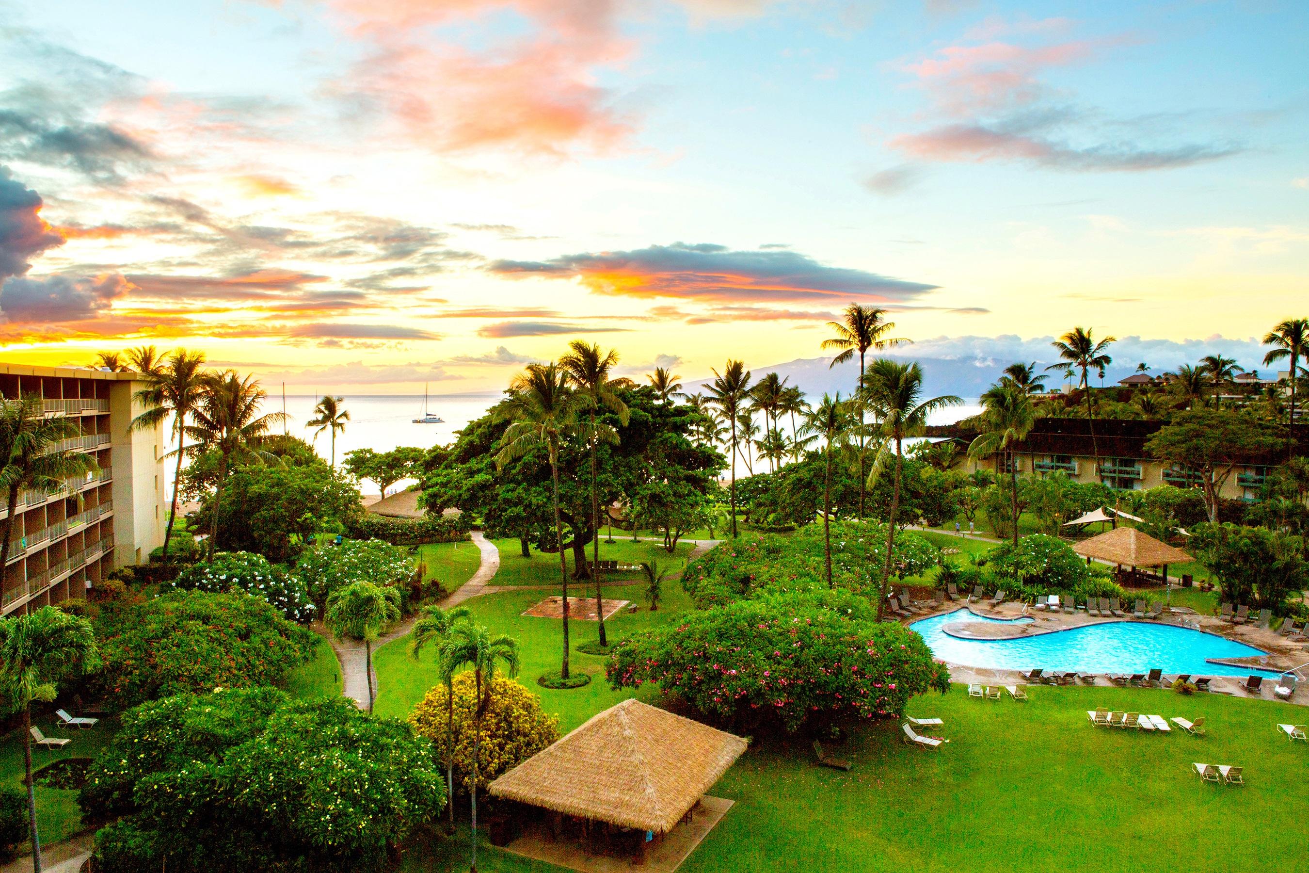 Looking Toward The Ocean From A Ka Anapali Beach Hotel Room