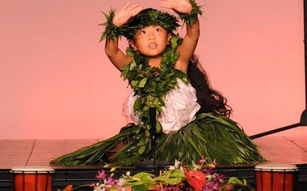 Kaanapali hula contest for children