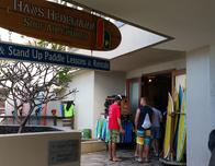 Surfing lessons are given at Turle Bay Resort on O'ahu's North Shore