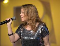 Carlyn Harbour sings at Best Western Convention in Nashville.