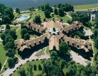 Overview of Fairmont Le Chateau Montebello