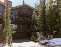 This Park City, Utah condo is listed with Airbnb for winter rentals.