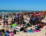 Popular Beach outside Sydney is very popular with locals. Photo c. Beachsafe.org.au