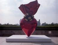 Jeff_Koons__Sculpture__MET_roof