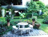 thailand_courtyard