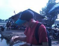 fishpond_1_djl_eating