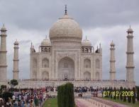 Shashwat_Sinha_Taj_Mahal_Far