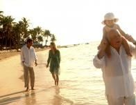 Club_Med_Punta_Cana_Three_Generations_Beach_955854264