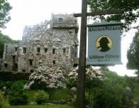 Gillette_Castle_and_Sign_993467817