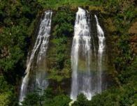 Kauai_Waterfall_520395051