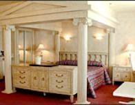 canad_hotel_roman_suite_342300893