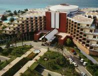 resort_435222263