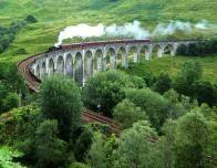 800px_Glenfinnan_Viaduct_236323102