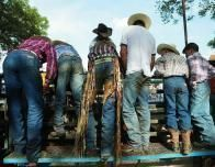 tx_rodeo_cowboys_728843171