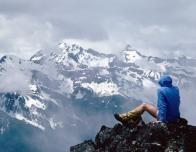 hiker_vista_875373643