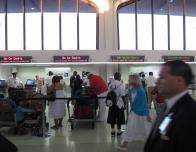 airport_checkini_quiet_211003668