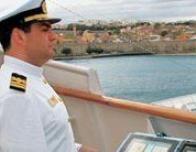 greece_louis_cruise_captain_908501376