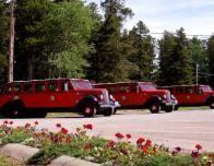 4662_4724_Glacier_Park_Red_Jammer_Buses_md