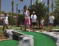 Family golf - St