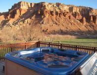 Hot tub at Red River Ranch has nice views.