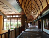 aulani-hallways