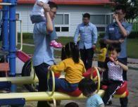 guys with kids_1