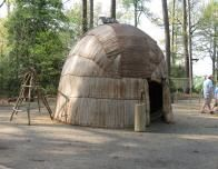 jamestown indian village hut