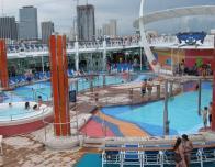 liberty-of-the-seas-pool