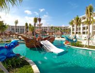 playa-la-esmeralda-pirate-pool