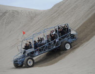 Dune Buggy in Oregon Dunes; photo Sandland Adventures