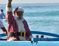 Hawaii, Santa in canoe